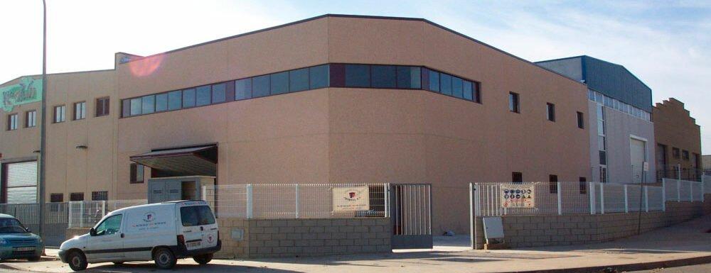 Promoción industrial Pla de la Bruguera 61
