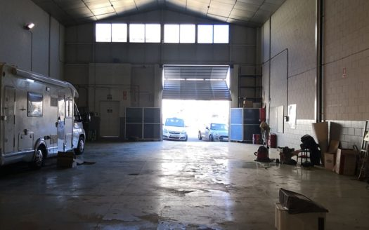 Nave industrial en venta en Montcada i Reixac